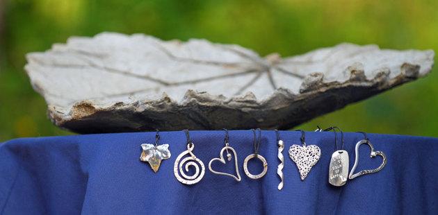 Atelje Johanna som designar och tillverkar smycken mm