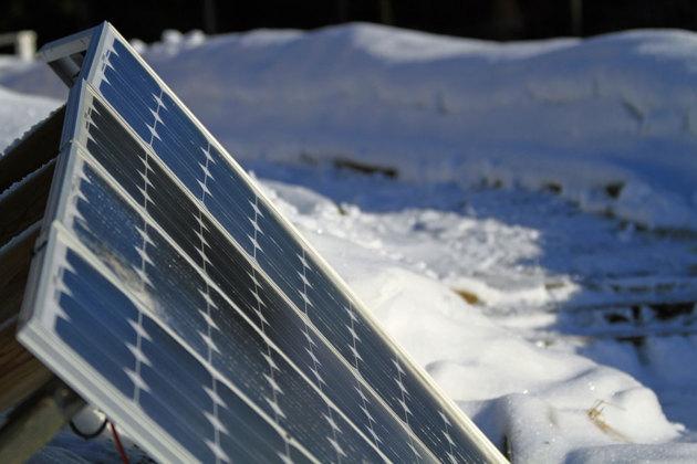 OK..ingen vår men mina solceller ger 0.5 kWh el en solig dag villket är en viss överproduktion som då levereras ut på nätet.