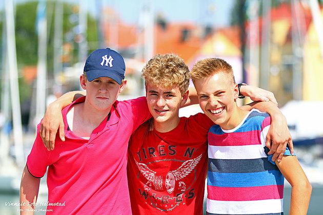 Dessa killar bor i mitt område och var med på seglingen. Det som gläder mig att samtliga vill gå HSS seglarskola nästa sommar!!