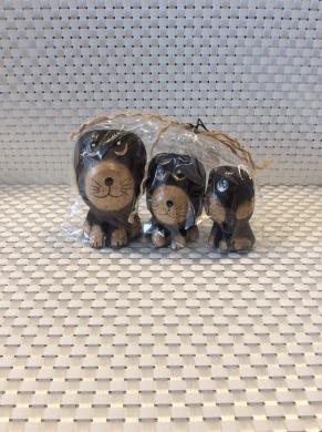 Hundset i trä - Hundset i trä brun