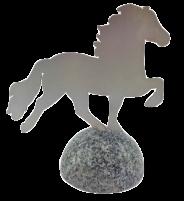 KARLSLUND Islandshäst Rostfri på granitsten