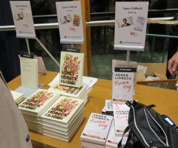 Böcker till försäljning