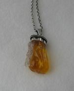 Bärnsten med Bergkristall
