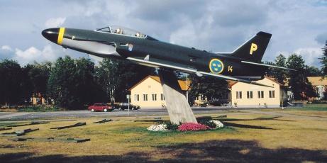 Det färdigrenoverade flygplanet 1994