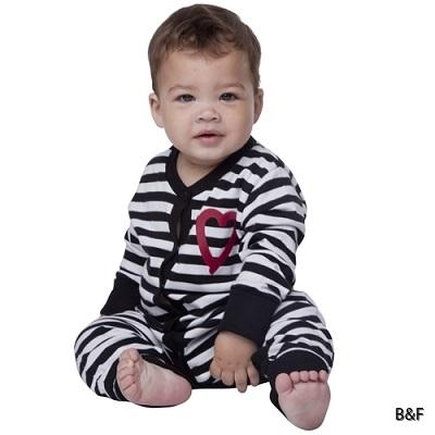 889_pyjamas_u_fot_baby_sitter_modell3_3184