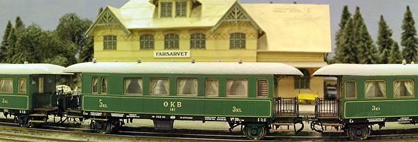 OKB personvagnar i ett tågsätt