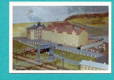 """Tierps """"bostadsområde"""" med byggnader från Stockholms Södra station (från jvgmuseums gamla modellbana, Sst – Äs)."""