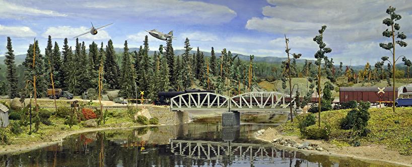 Kombinerad järnvägs- och landsvägsbro, ånglok litt B