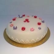 födelsedagstårta rosa, vit
