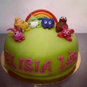 Elisia 1 år, babblarna