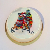 Emilia skoter, tack tårta