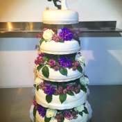 Bröllopstårta 5 våninga, färska blommorr