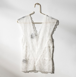 DAILY ELEGANCE Laos Top White - Laos Top White / S