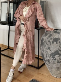 A KARMAMIA Gardenia Ruffle Kimono Limited Edition