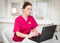 Genetisk analys ERA-test (Endometrial Receptivity Array) GynHälsan Fertilitetsklinik är första kliniken i Sverige att erbjuda ERA-test