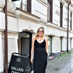 ME OUTSIDE MY ART EXHIBITION AT GALLERI ENGLESON IN GOTHENBURG 9 JUNE 2019 (2)