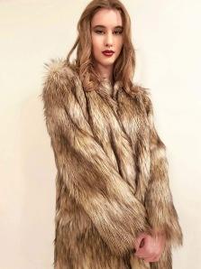 SKAU | Larnia golden-beige coat -