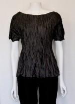 Maria Sjödin | NOIR – Krinklad Siden T-shirt - Small