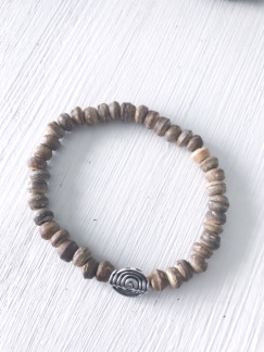 Armband kokospärlor - Armband kokospärla ljusbrun strl S