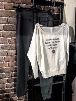 Vit tröja från SantaNi - Vit tröja från SantaNi onesize