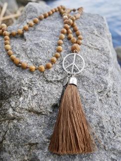 Mala Peace - Mala peace brun tofs