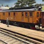 DEVA-lok/motorvagn med tågsätt från HNJ