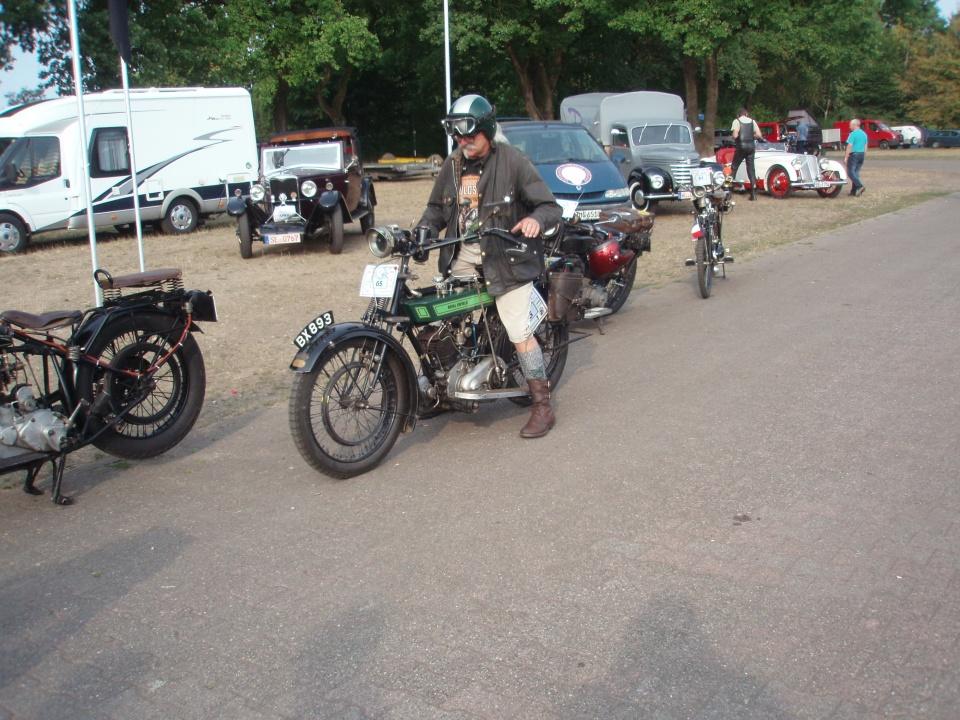 Typisk veteranmotorcyklist.