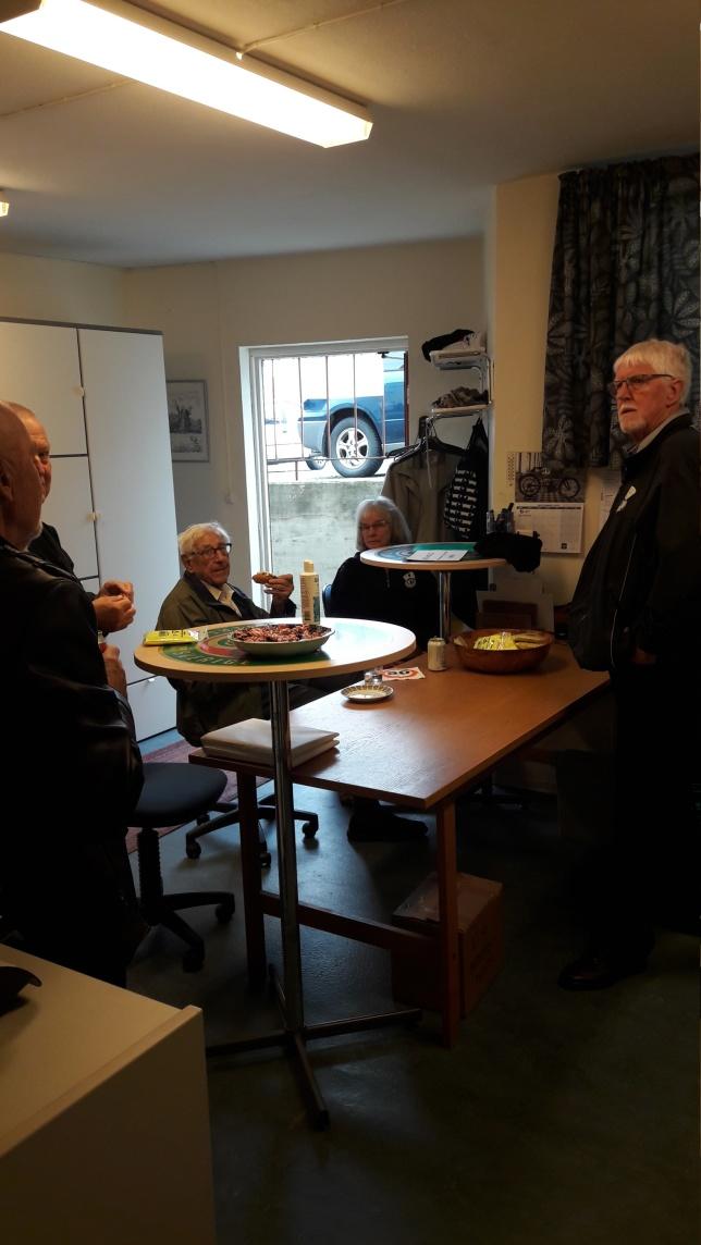 Hedersmedlem Bengt Persson och medlem Majken Andersson samt hedersmedlem Sven-Olof Persson.