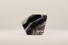 Fluorit skiva | trumlade spets stav kristaller slipade stenar healing stenar chakra stenar - Pris ca 149kr/st, gram ca 60g