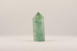 Fluorit stav/spets | trumlade spets stav kristaller slipade stenar healing stenar chakra stenar - Pris ca 105kr/st, gram ca 55g