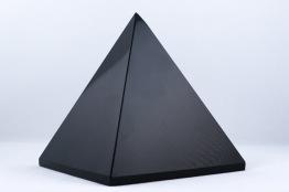 Obsidian pyramid   trumlade spets stav kristaller slipade stenar healing stenar chakra stenar - Priser mellan ca 725-1400kr/st, gram ca 490-935g, hög ca 8-10cm