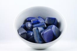 Lapis Lazuli kristaller/ädelstenar | trumlade spets stav kristaller slipade stenar healing stenar chakra stenar - Mindre Pris: ca 30-100kr/st, Gram: 2,5kr/g