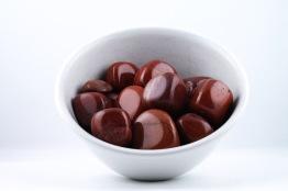 Röd Jaspis kristaller/ädelstenar | trumlade spets stav kristaller slipade stenar healing stenar chakra stenar - Pris: ca 20-80kr/st, Gram: 1,80kr/g