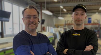 Foto: Christoffer Häggbom. Andreas och Jocke på Plåtcentrum i Piteå