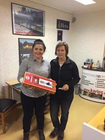 KARLES Magdalena och lycklig vinnare