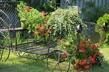 Dekorativ och funktionell trädgårds bänk