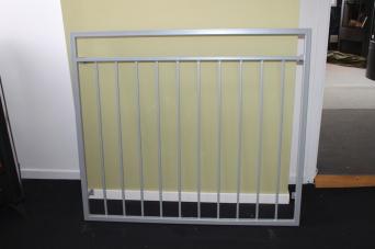 110cm C/C _ FRANSK BALKONG B6 _ varmförzinkat_ pulverlackat_ med fäste_  RAL 9006 White aluminium