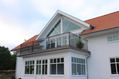 Kampanj.Utomhusräcke B6 i massiva smide för balkonger, terrasser och altaner med GARANTI -