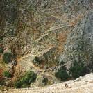 Stien her kender vi fra tidligere - lige under byen Aradena.