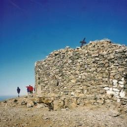 Kapellet på toppen af Psiloritis er måske ikke noget særligt. Men det er udsigten.