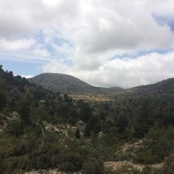 Få dage senere, oven for Niáto. Landskabsformer og bevoksning mindede meget om den labyrintiske dal, jeg var tumlet rundt i 20.-21. maj.