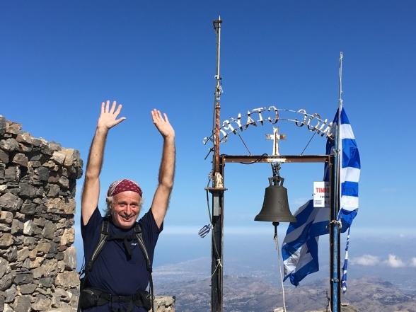 22. september 2018 var jeg på toppen af Psiloritis. Stedet hedder Timios Stavros. Havde også været der 16 år tidligere, men da havde det været som del af en gruppe og ad en knap så krævende opstigning.