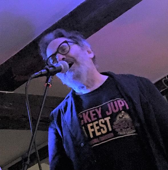 Mats Zetterberg – en mand, der brænder for musikken, det være sig punk eller blues. Foto: Jakob Lambertsen