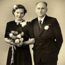 38 år og nygift.