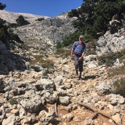 Stenet vej ned fra Pachnes (18. september).
