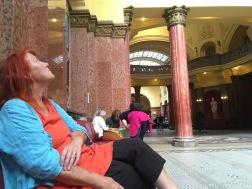 Vi overnattede ikke på Hotel Gellert i Budapest – men især havfruen overvejede muligheden for bad eller massage (2. oktober).