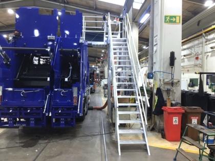 Trappor för enklare access vid tillverkning av sopbilar