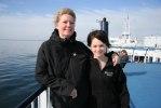 Karina och Denise på båten till Tyskland Foto: Martina Karlsson