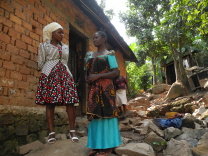 Socialarbetare Dorisi ute på hembesök