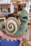 Snigeln Sebastian i keramik_Emmett Carlsson